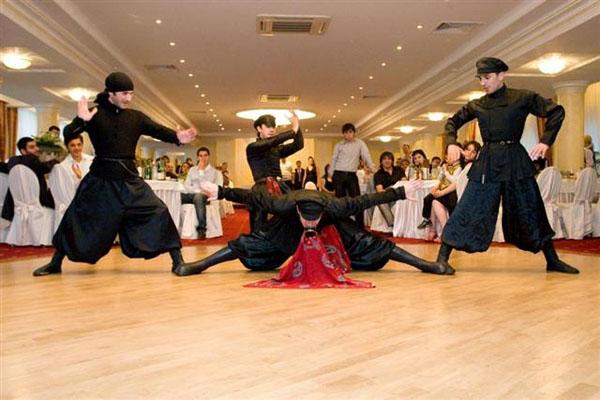 Кавказские свадьбы с танцами